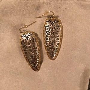 Kendra Scott Sadie Filigree Arrowhead Earrings